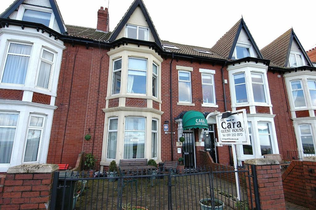 Cara Bed And Breakfast Whitley Bay